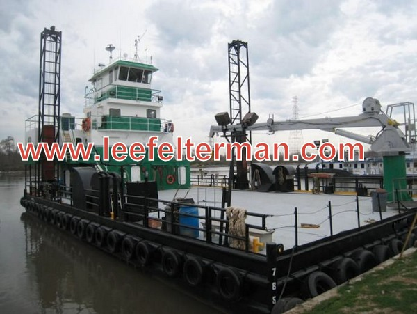 Spud Barge 264 / Push Boat