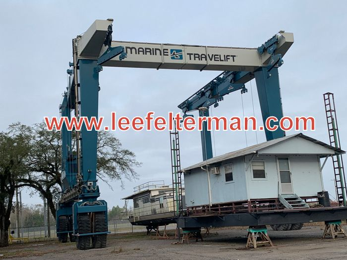 TRAVEL LIFT FOR SALE